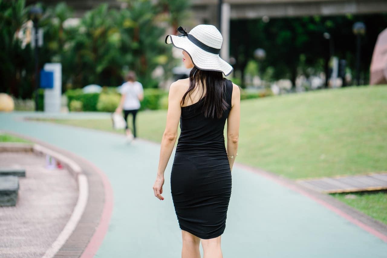 Buty do czarnej sukienki – jakie wybrać?