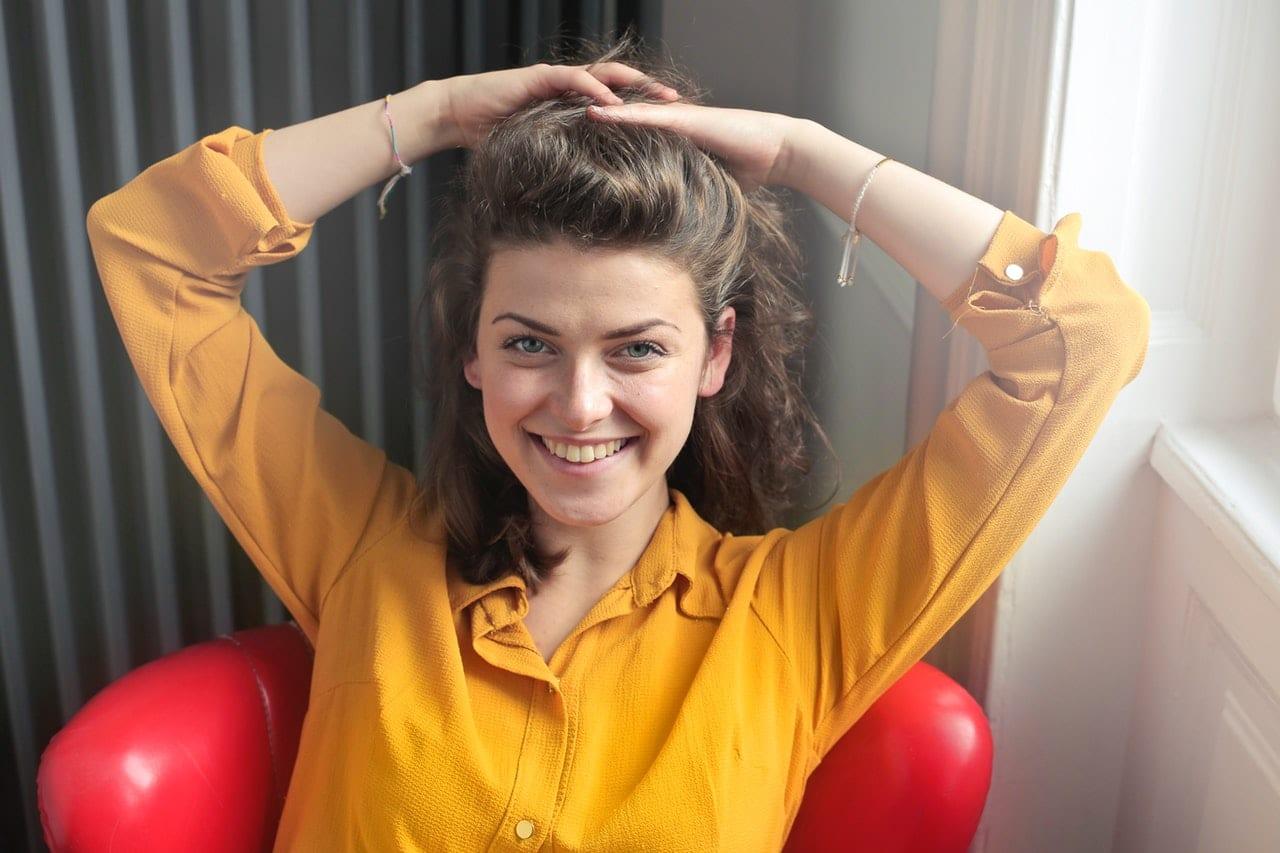 Strój biznesowy damski – jak poprawnie dobrać?