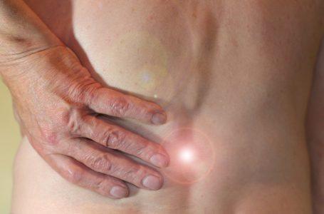 Dlaczego terapia manualna może pomóc przy bólu kręgosłupa?